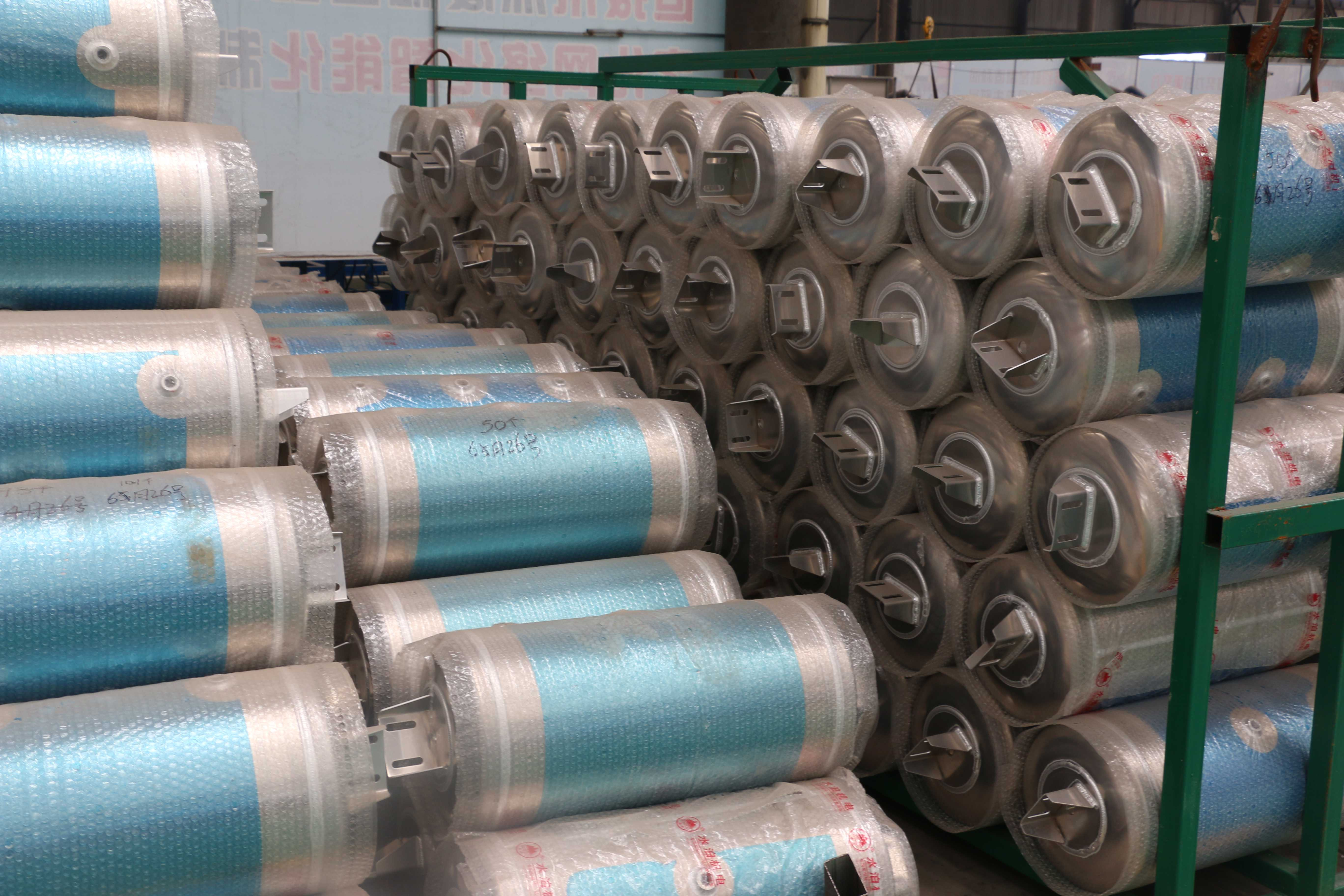 40L三孔水泊铝合金储气筒